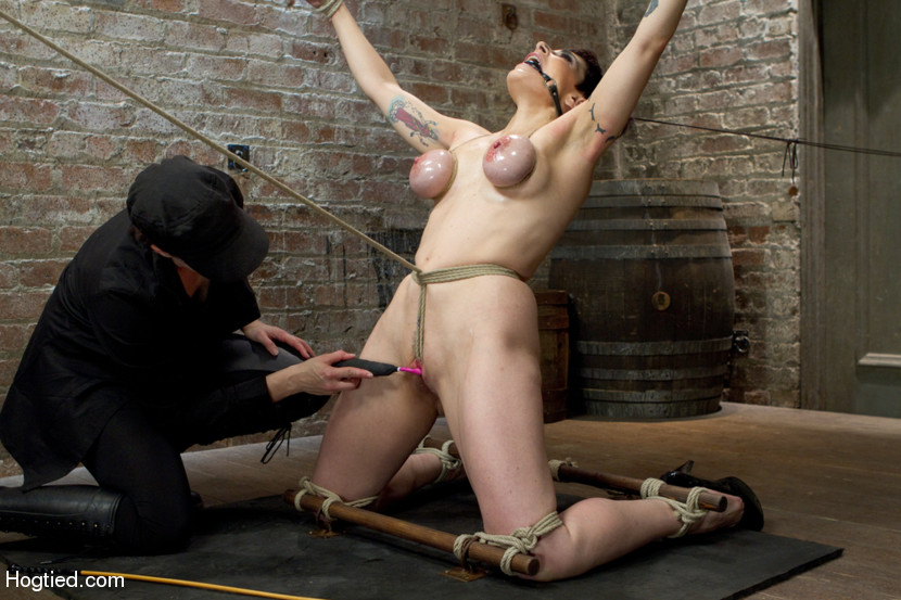 Asa Akira in Sexandsubmission The Massage Parlor February 04, 2011 ...