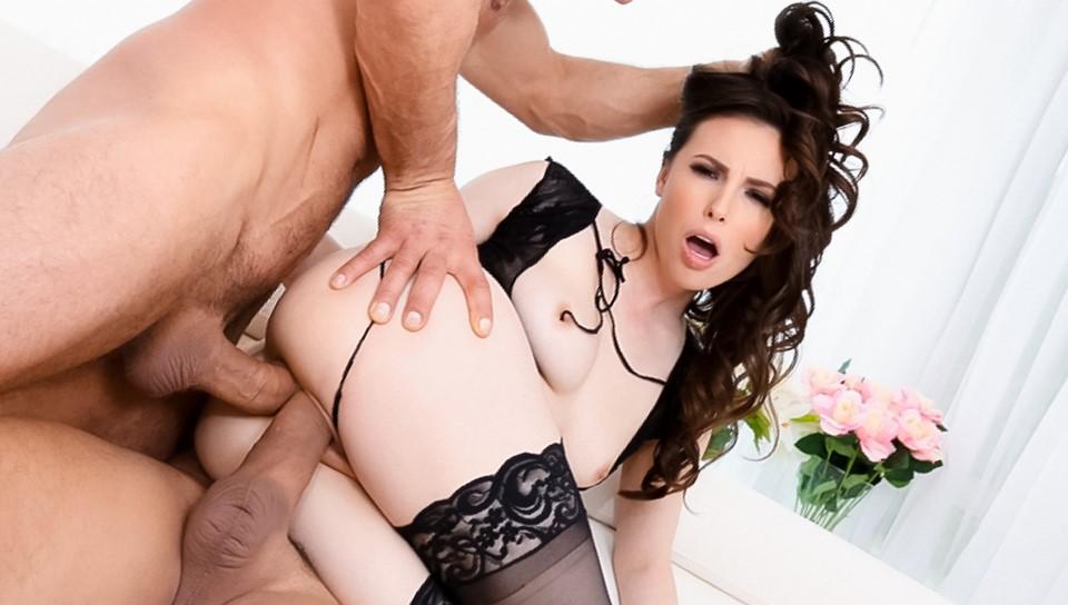 Hot Milf Threesome Anal Hd