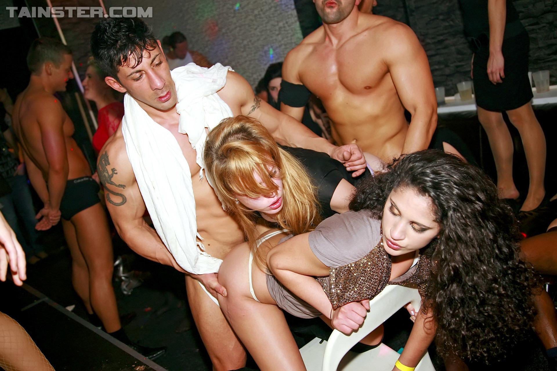 Hardcore Lesbian Scissor Sex